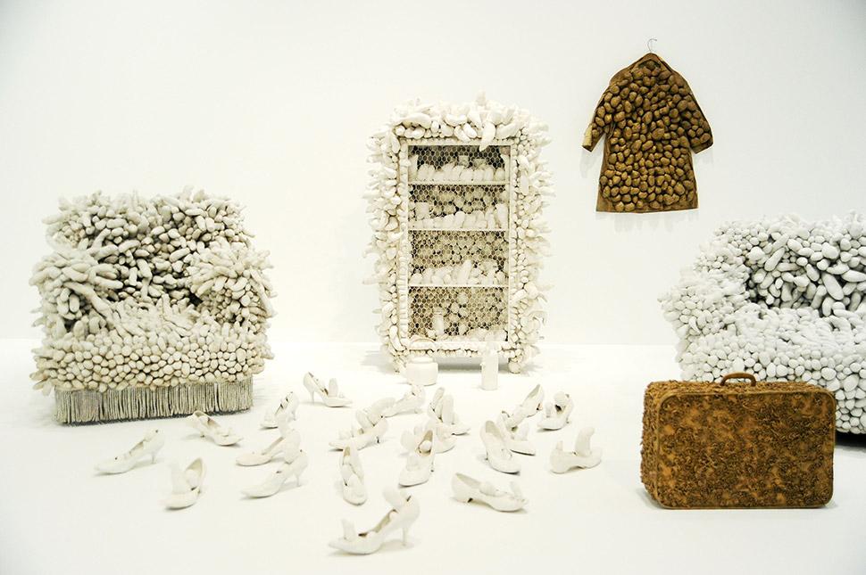 Работа Яёи Кусамы на выставке в Музее современного искусства Уитни в 2012 году. Фото: Billy Farrell