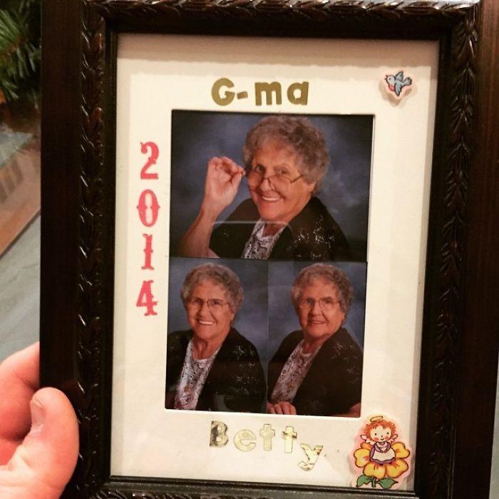 «Бабушка моего друга, G-Ma, подарила ему на Рождество свою фотографию».