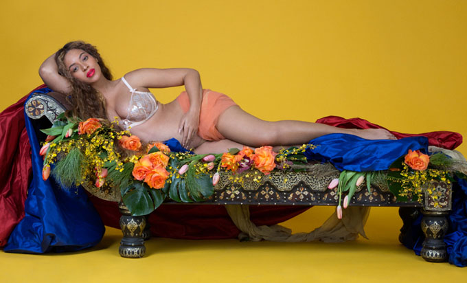 Беременная Бейонсе в фотосессии