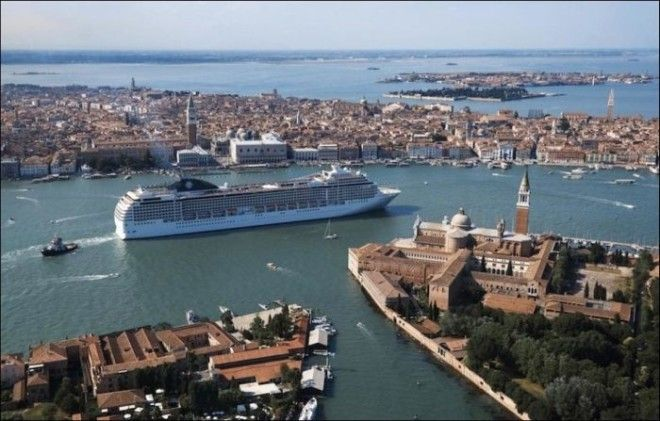 MSC Magnifica по праву можно считать настоящим развлекательным городом на воде. Здесь есть 5 рестора