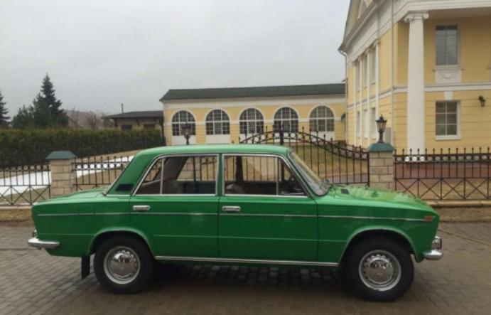 Жительница Тольятти реализует ВАЗ-2103 за3,5 млн руб.