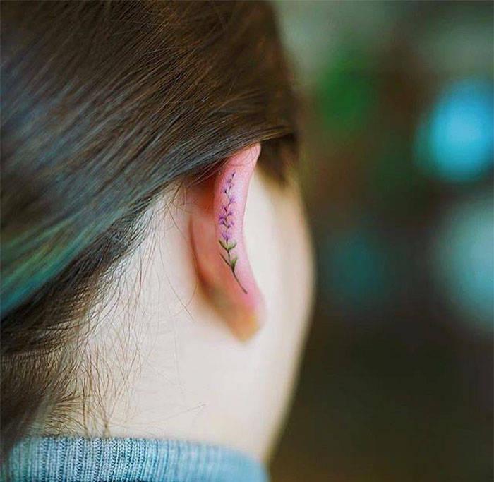 Новый модный тренд: татуировки на ушах