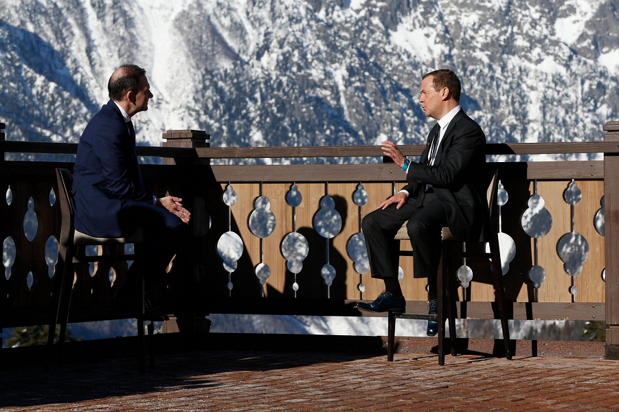 Интервью Медведева Брилеву 28.02.17.png