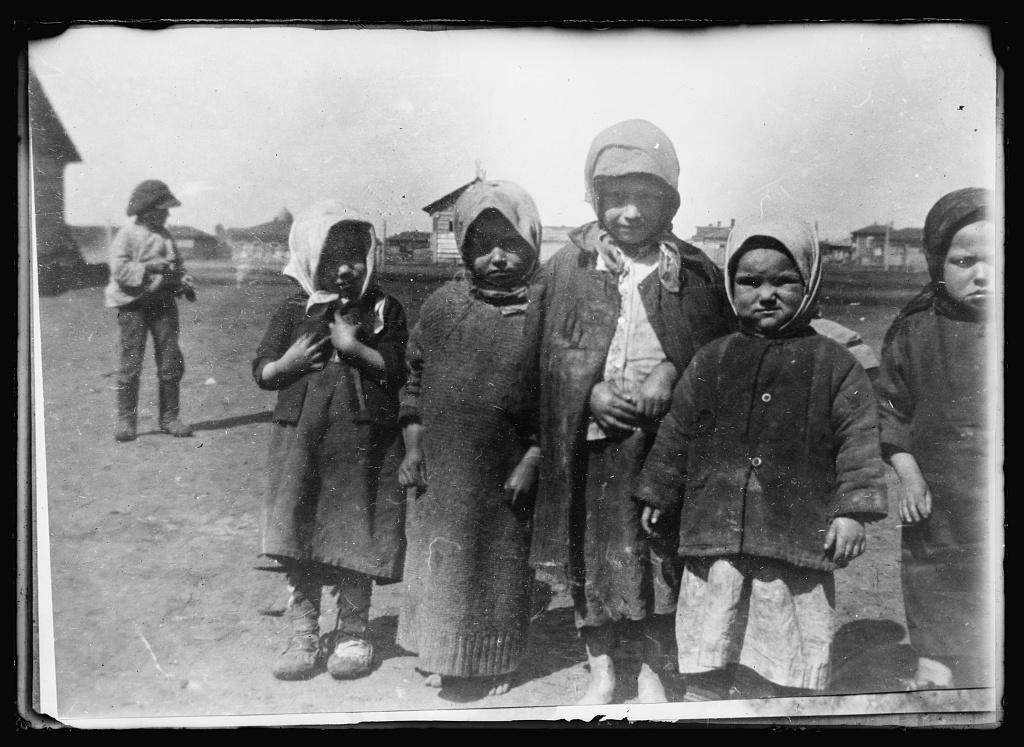 """Американский """"Красный Крест"""" в Омске 1919 г."""