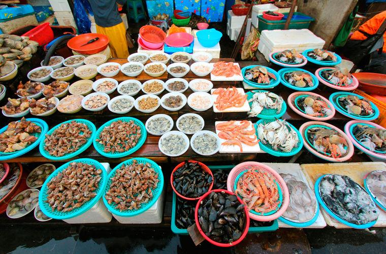 Помимо пляжей, небоскребов и знаменитого рыбного рынка в Пусане есть одно место, которое просто необ