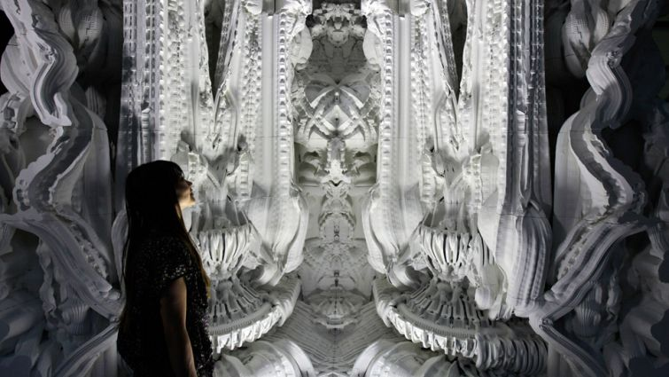 Дизайнеры Микаэль Ансмейер и Бенджамина Дилленбургер напечатали комнату 16 м2 из мелкозернистого пес
