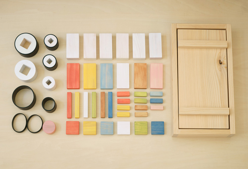 There are many wooden sushi sets out there for kids but this one , created by Japanese design firm p