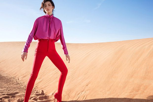 Desert & Dazzle: Liu Wen Stars in Elle China March 2017 Cover Story
