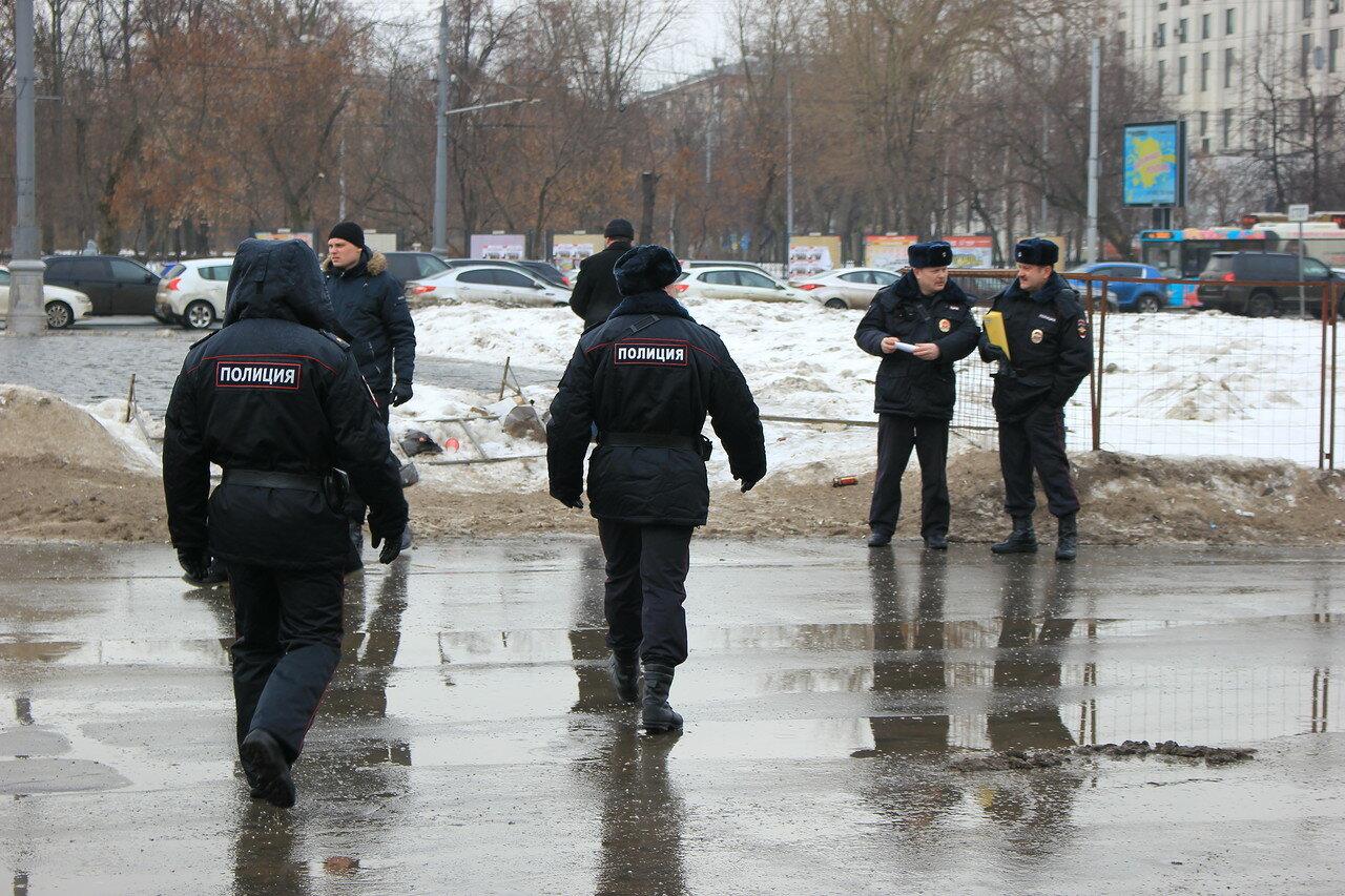 проведение любых акций протеста в Москве