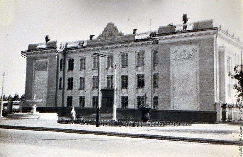 Белгород, Дом пионеров, конец 1950-х (фото из личной коллекции)