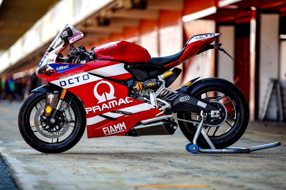 Реплику Ducati 959 Scott Redding разыграют в лотерее