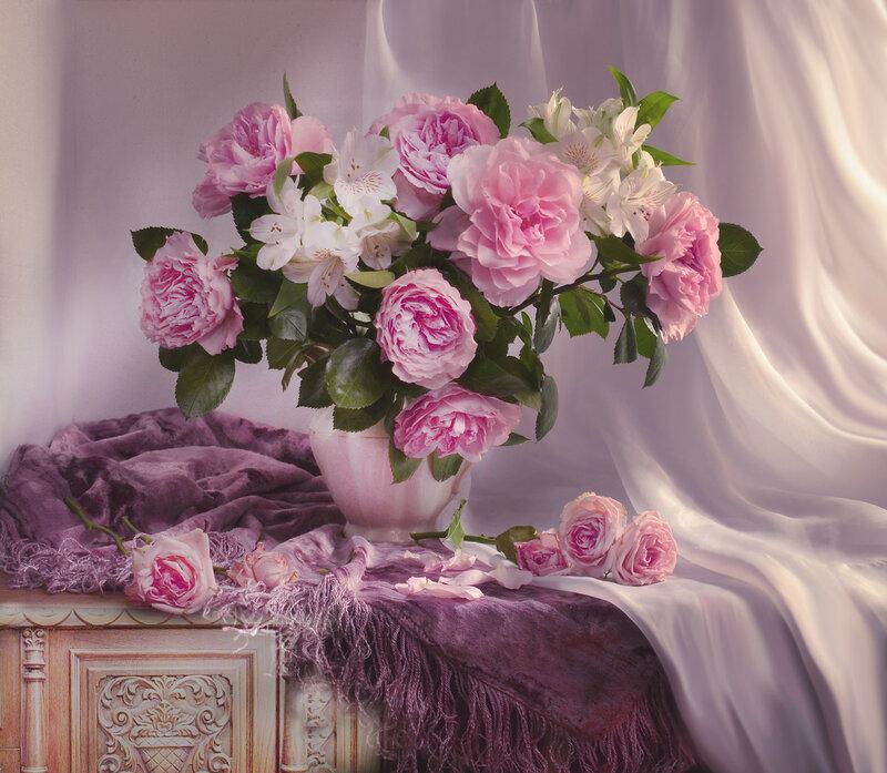 Прекрасных роз нежнейший аромат...для Инночки