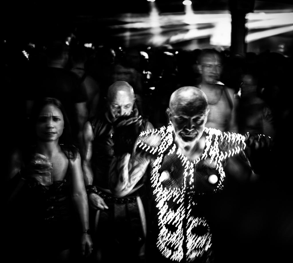 Странный мир фетиша на снимках MagLau снимков, чернобелых, серию, своей, книги, Ballad, Fetish, сделала, Японии, MagLau, фотограф, посвятила, снимая, Европы, фетиша, Бельгийский