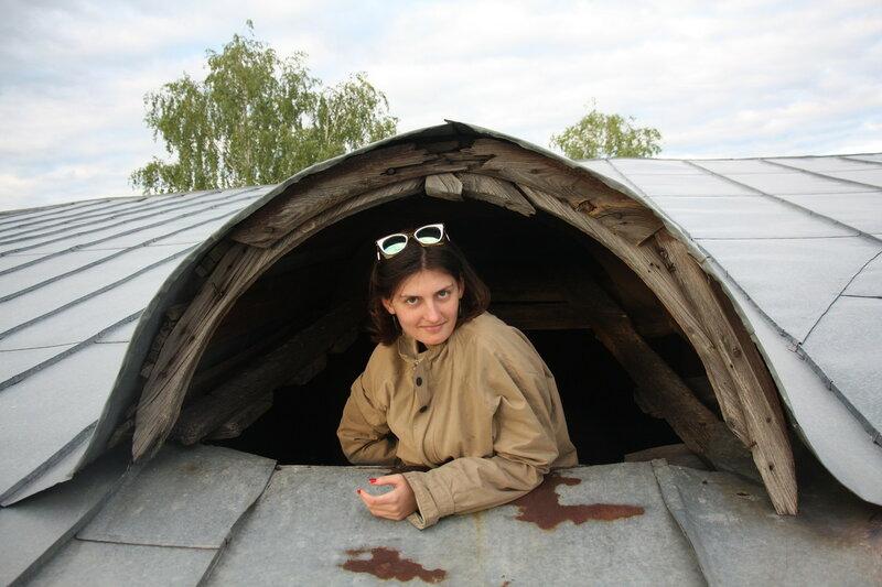 44. Окошко на крышу. Елатьма, Рязанская область.JPG
