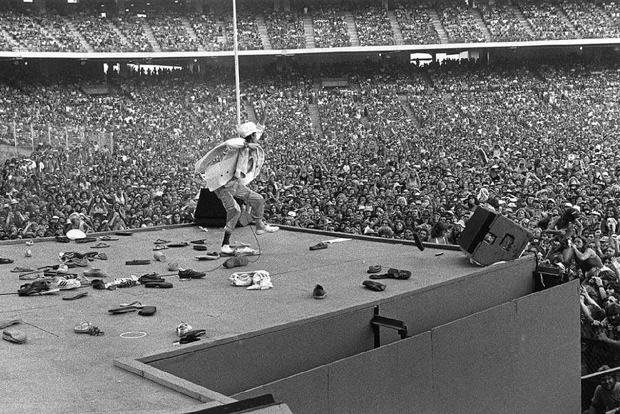 16. Мик Джаггер, 1975.