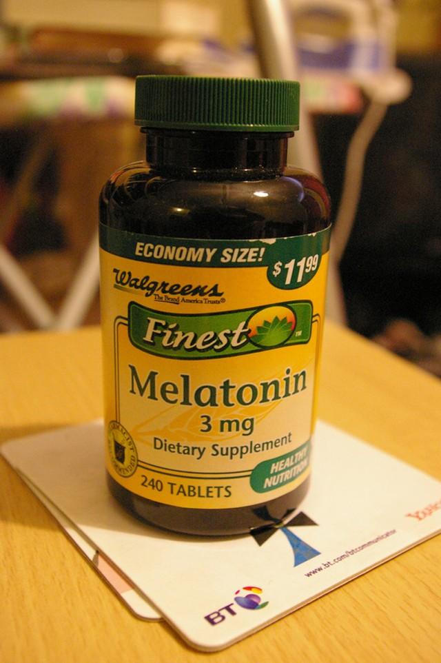 6. Попробуйте добавки с мелатонином Наверное, каждый был в такой ситуации — начинаешь смотреть любим