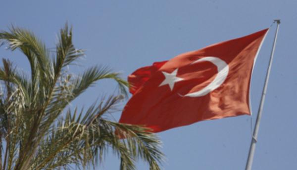 Турция рассмотрит всех претендентов напоставку систем ПВО, включая иРФ