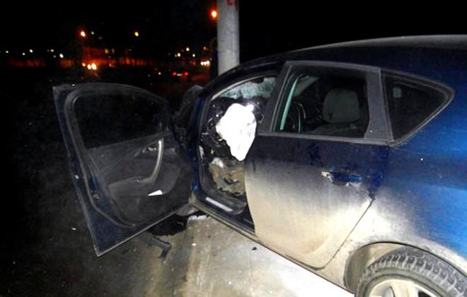 ВПерми водитель иномарки сбил двух пешеходов наостановке