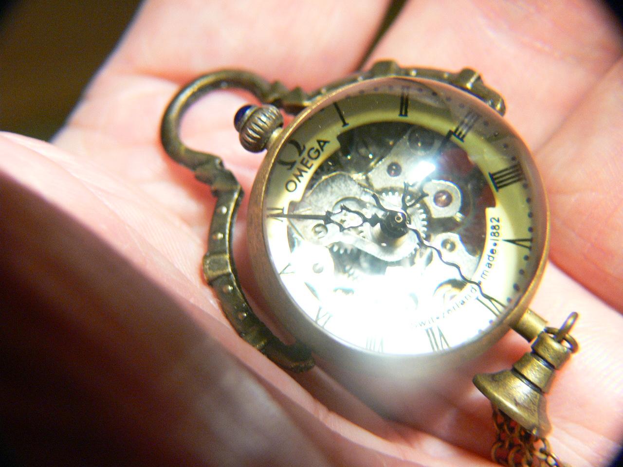 Трансантик (магазин и аукцион антиквариата и предметов старины) предлагает: часы