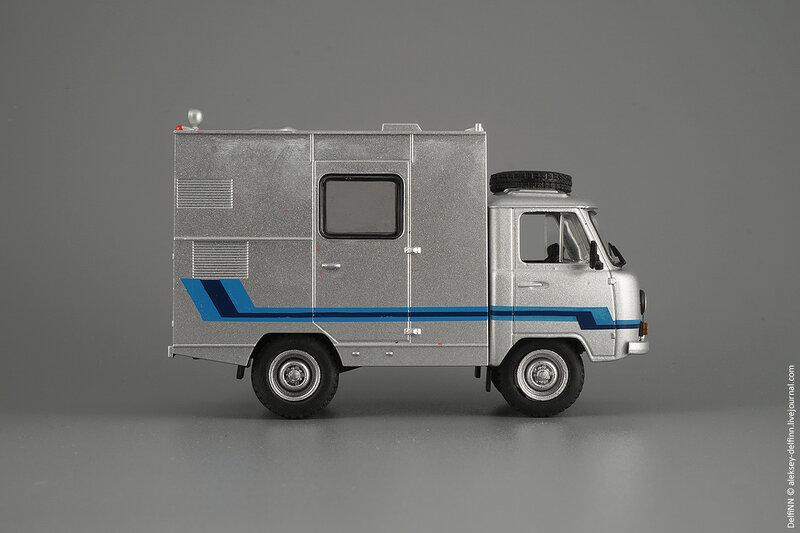 УАЗ-ПРТС-02.jpg
