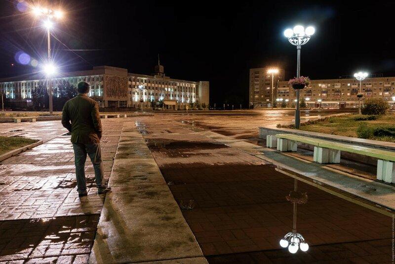ночной каменск-уральский в августе после дождя