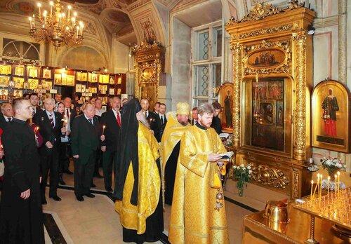 2016-10-16 Панихида по Императору Кириллу I 1.jpg