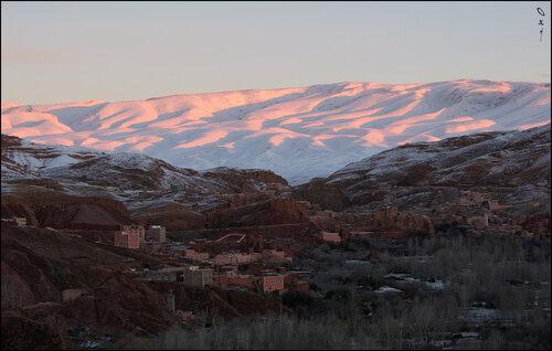 Розовый снег...