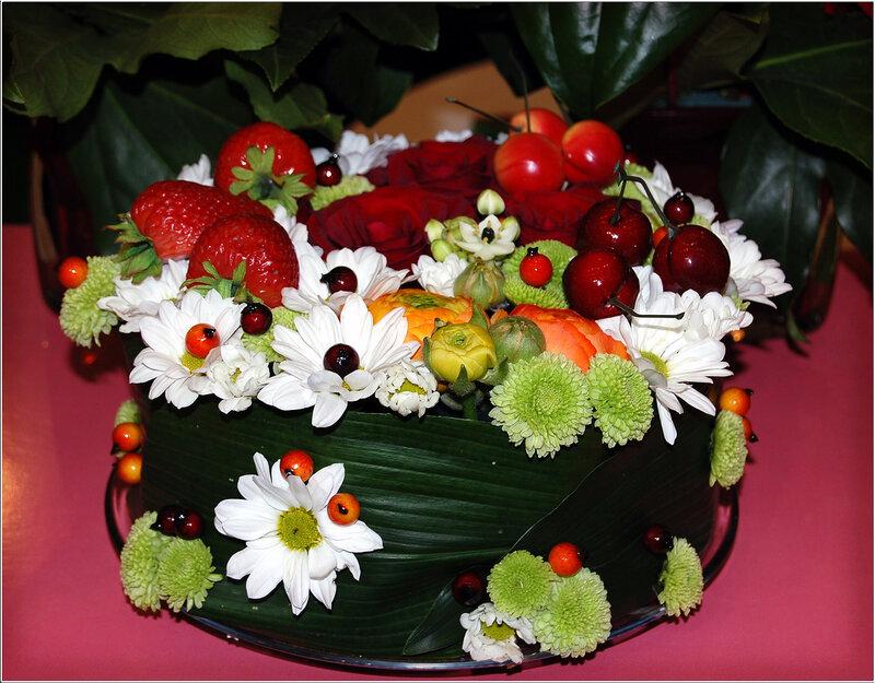 Как сделать торт из цветов своими руками