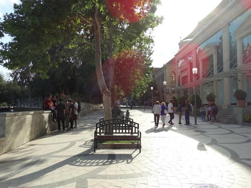 Баку, Азербайджан, скамейки