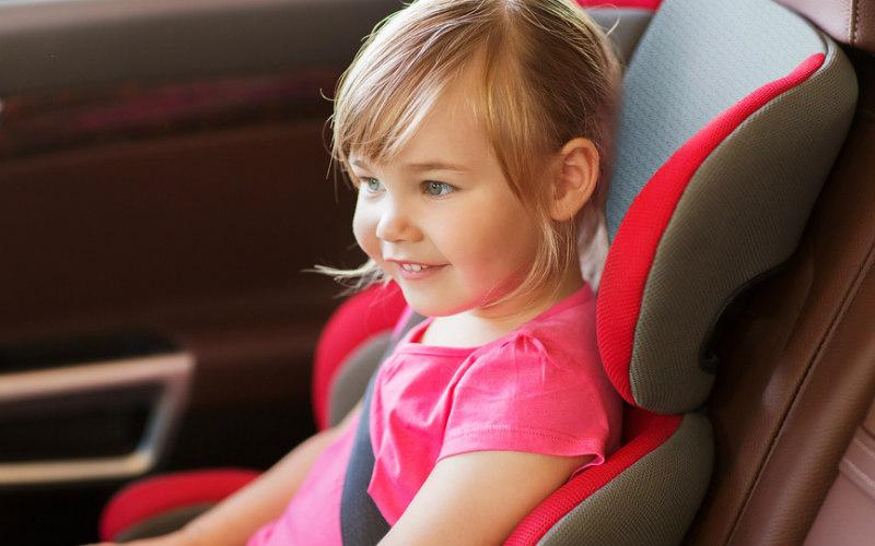 Детей разрешат возить без автокресла
