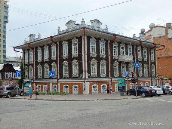 Новосибирск. Дом купца Сурикова (Гимназия женская Смирновой)