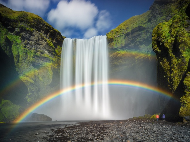 Сделать это можно, например, уСкоугафосса ? одного изкрупнейших икрасивейших водопадов вИсландии