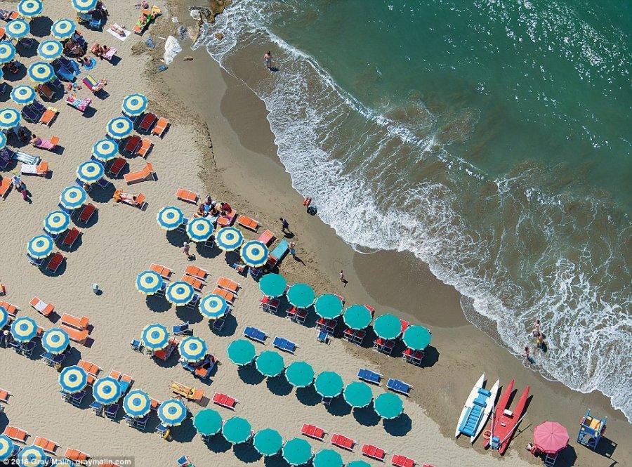 Красивые пляжи мира с высоты птичьего полёта (8 фото)