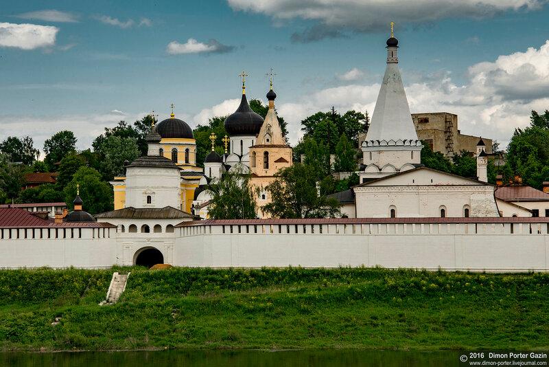 Старица. Успенский монастырь