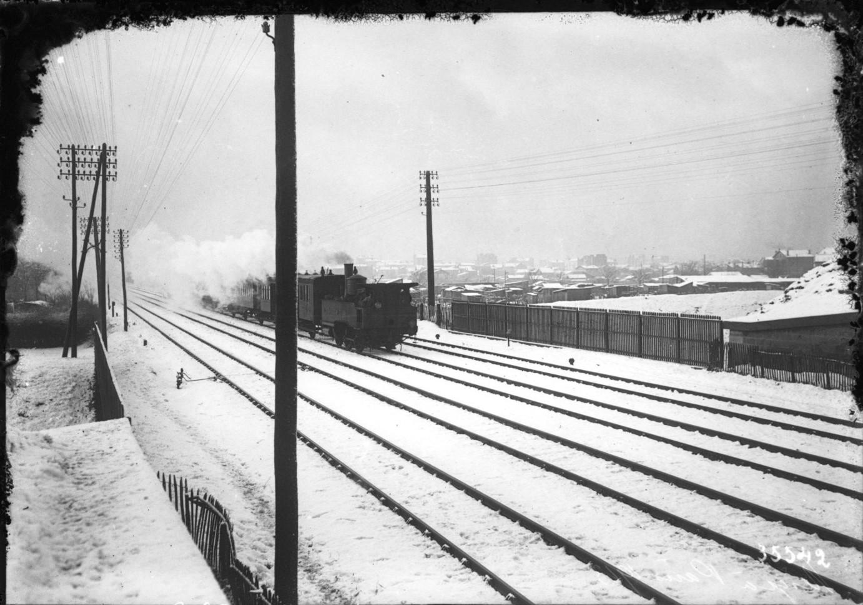 1913. Заснеженная линия железной дороги