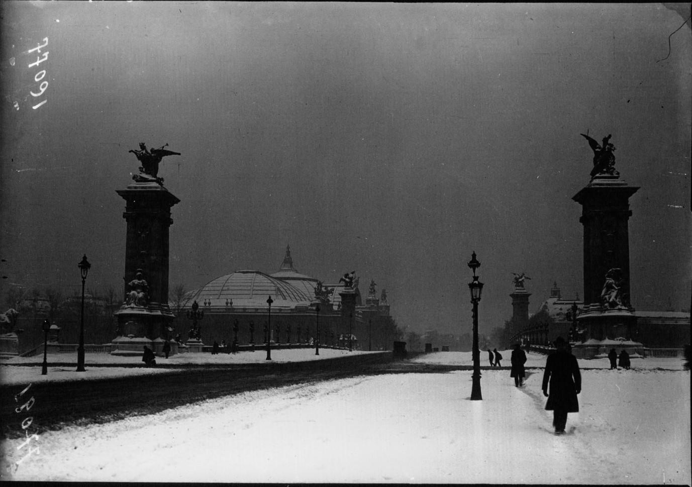Картинки по запросу 1919 год уборка снега