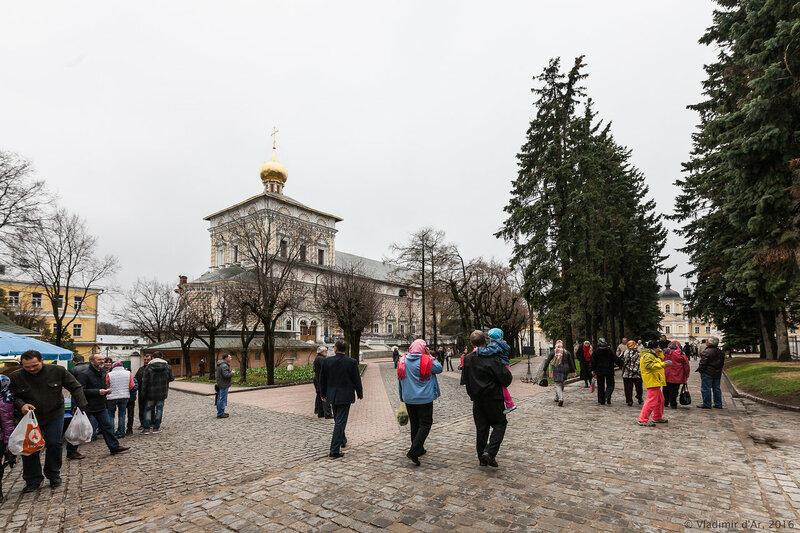 Церковь прп. Сергия (Трапезная). Свято-Троицкая Сергиева Лавра.