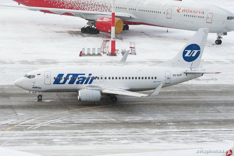 Boeing 737-524 (VQ-BJP) ЮТэйр 099_D707047