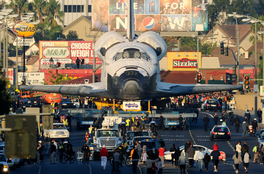 Space Shuttle Endeavour transported through the streets of LA in 2012 (Photo Kevork Djansezian.jpg