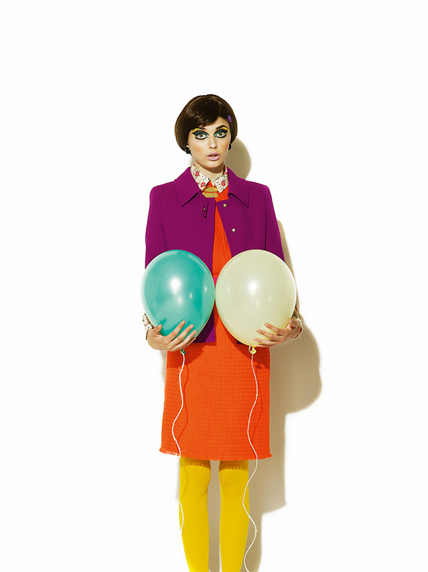Воздушный шарик / A story with baloon for ELLE magazine Bulgaria, The September Issue 2011