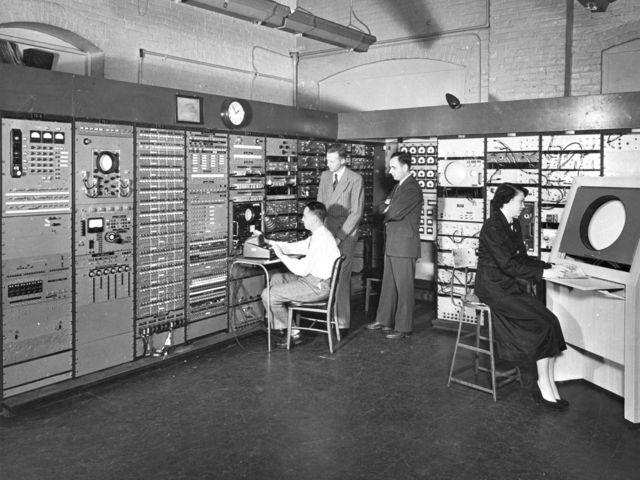 Компьютеры в прошлом.