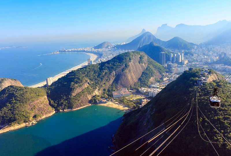 10 самых впечатляющих канатных дорог мира