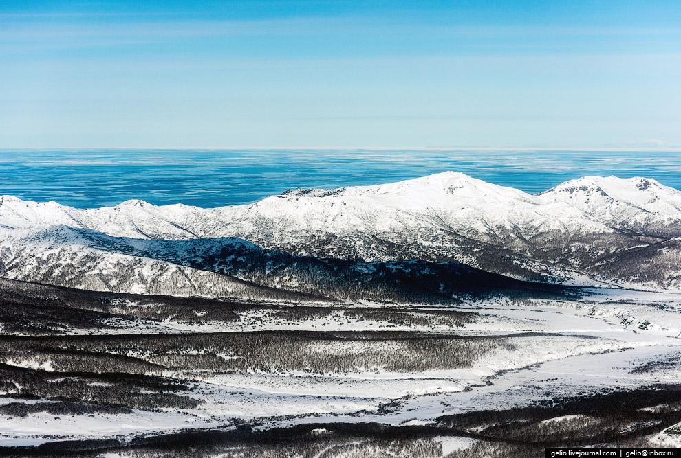 19. Абсолютное большинство туристических маршрутов на Камчатке проходит в дикой горной природе,