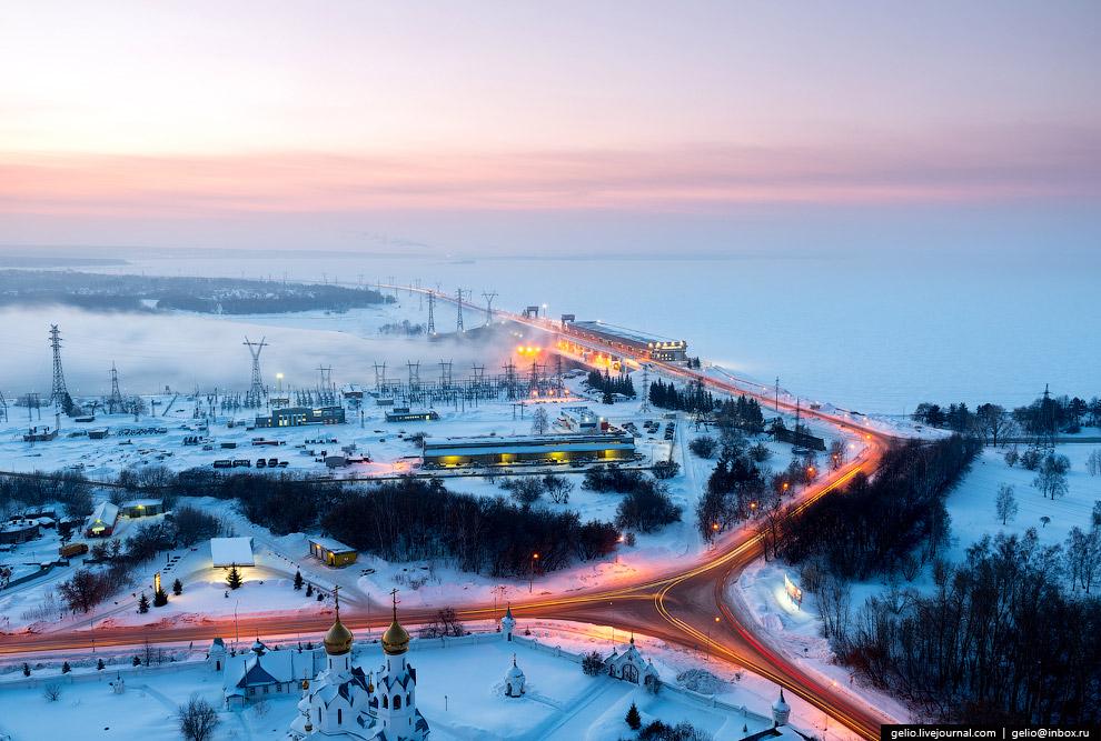 47. Строительство Новосибирской ГЭС началось в 1950, закончилось в 1961. Это был первенец, откр
