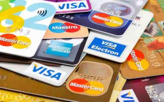 В 1960-е годы в США банки отказывались выдавать незамужним женщинам кредитные карточки, так как они