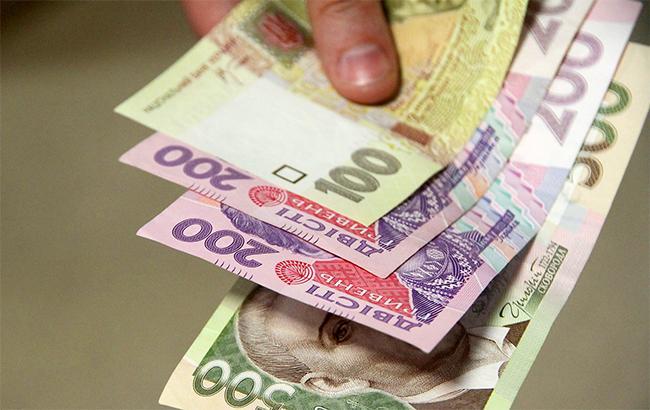 Межбанк закрылся науровне 25,6850/25,7150 грн задоллар