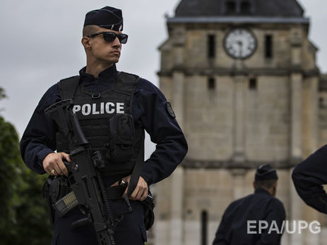 Власти Франции поведали опланах задержанных боевиков провести теракт