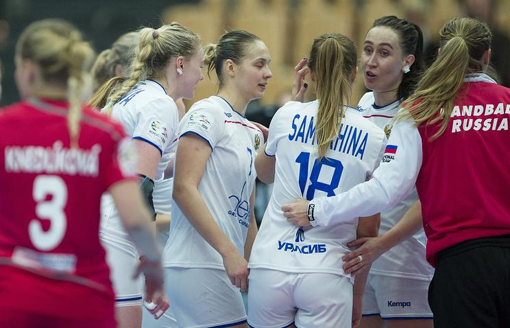 Гандболистки сборной РФ сыграют скомандой Польши заправо участвовать вЧМ