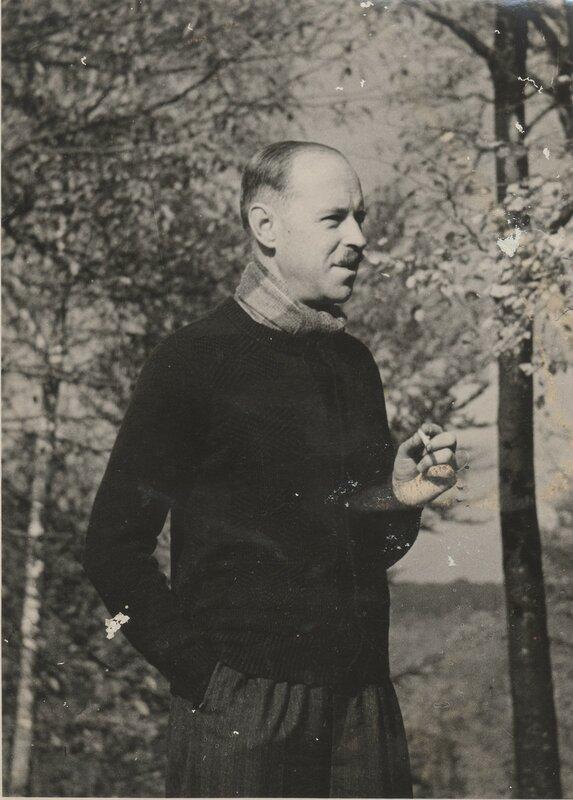 Michel 1939 paris.jpeg