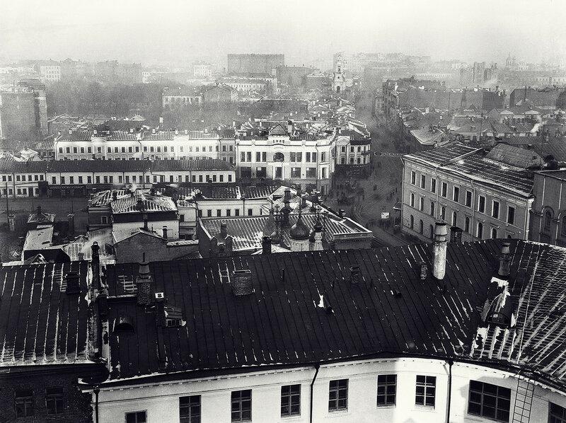 541909 Вид на Мясницкую улицу со смотровой площадки дома 21 1927 Александр Родченко.jpg